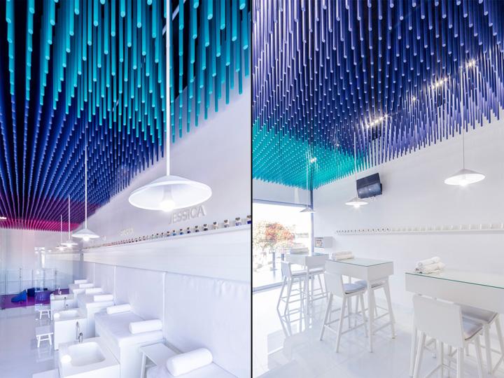 Дизайн маникюрного салона: белые светильники