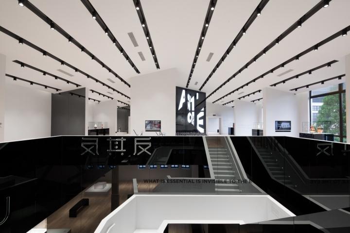 Стильный дизайн музея стекла