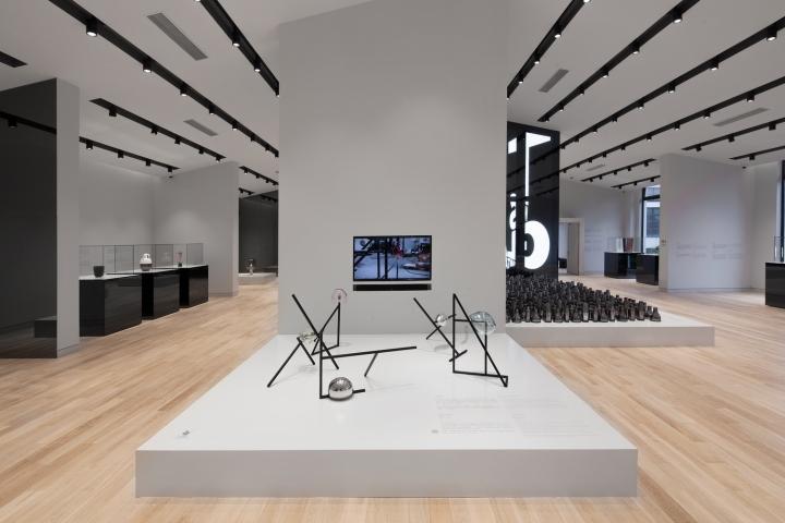 Дизайн музея стекла: арт-инсталляция
