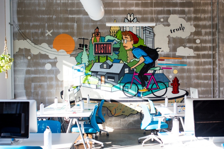 Дизайн офиса: фреска от Майкла Джонстона