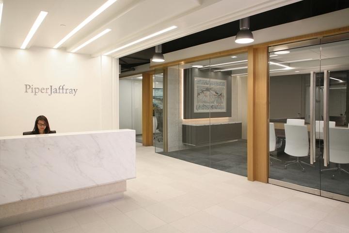 Минималистичный дизайн отделки офиса в Бостоне