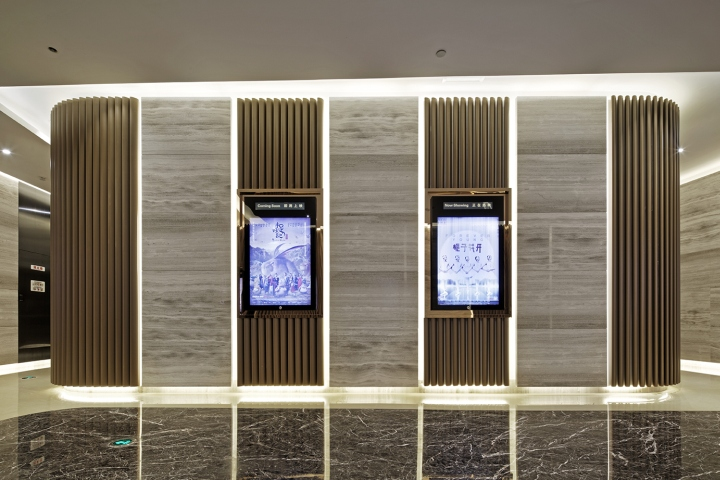 Дизайн-проект кинотеатра Palace Cinema в Китае: плазменные панели на стенах