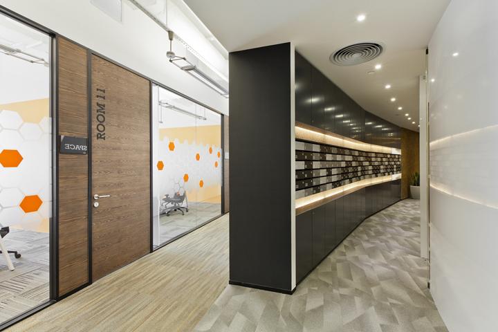 Дизайн коридора штаб-квартиры Cyberport Smart-Space