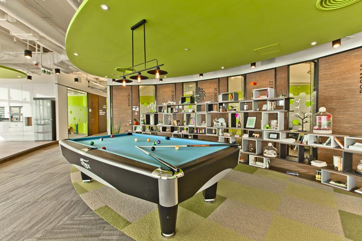 Дизайн штаб-квартиры Smart Space: стеллаж из секций