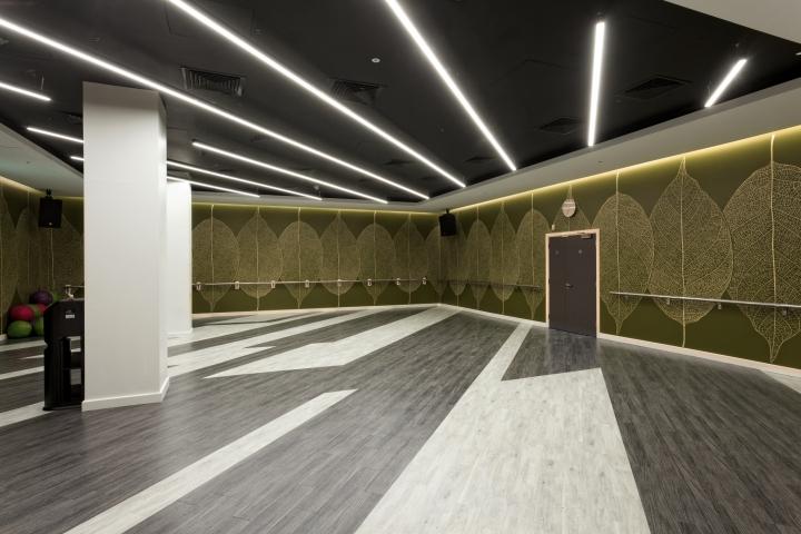 Дизайн спортивного клуба в Великобритании: просторный зал