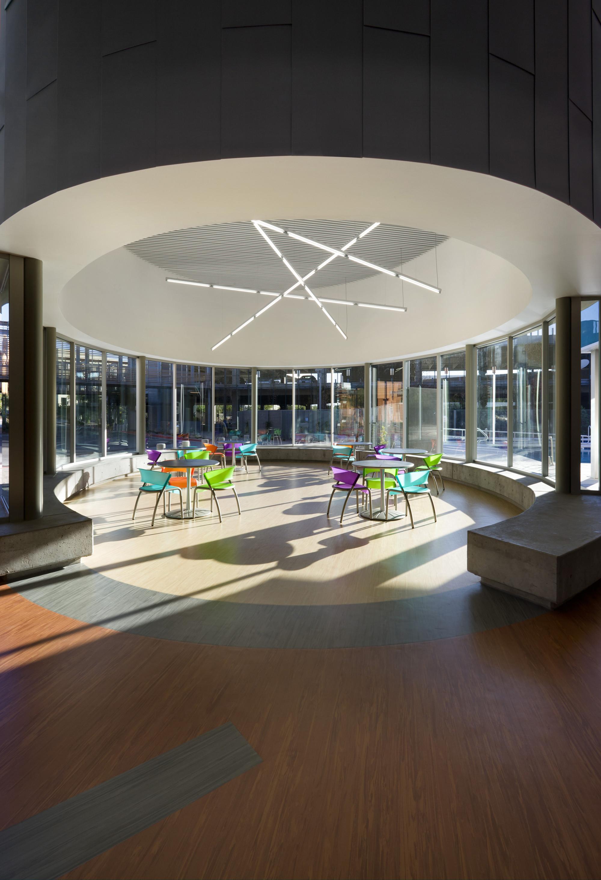Дизайн спортивного комплекса: зона отдыха