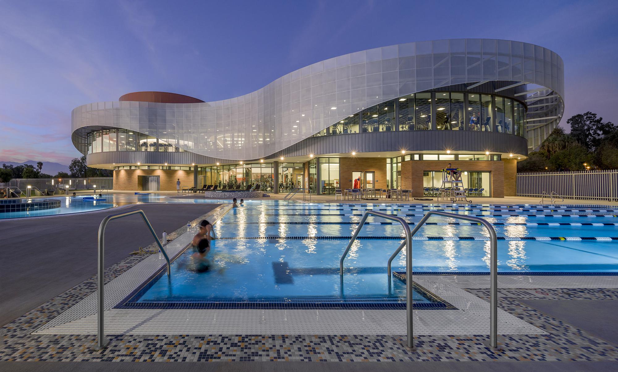 Дизайн спортивного комплекса в США