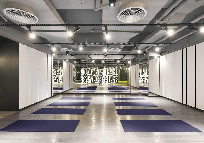 Дизайн спортивного центра – Раздевалка