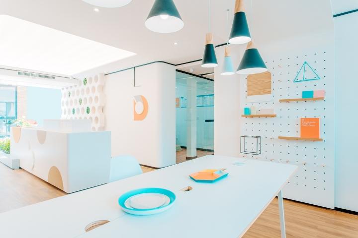 Дизайн стоматологической клиники: подвесные светильники