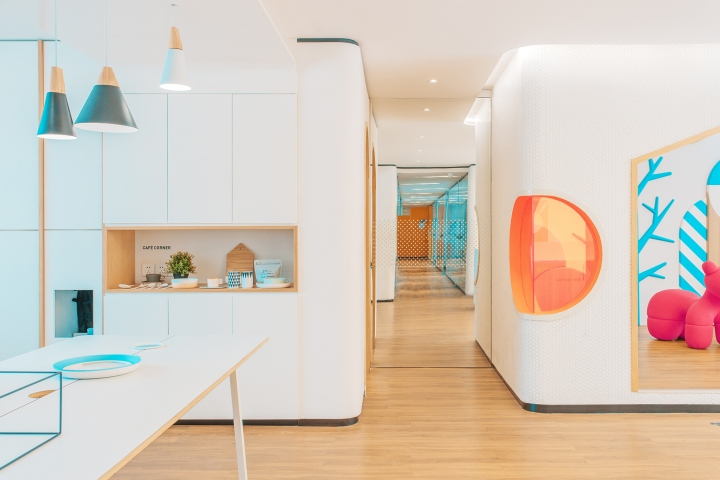 Дизайн стоматологической клиники: оформление коридоров - фото 1