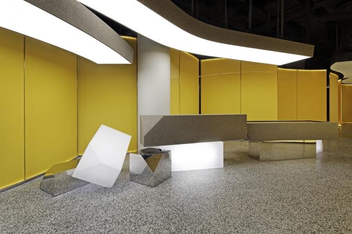 Интерьер выставочного зала в Китае