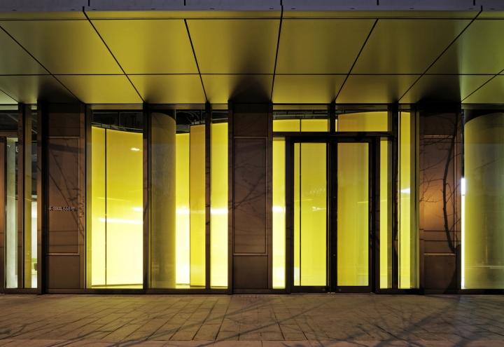 Интерьер выставочного зала в Китае - вход в зал