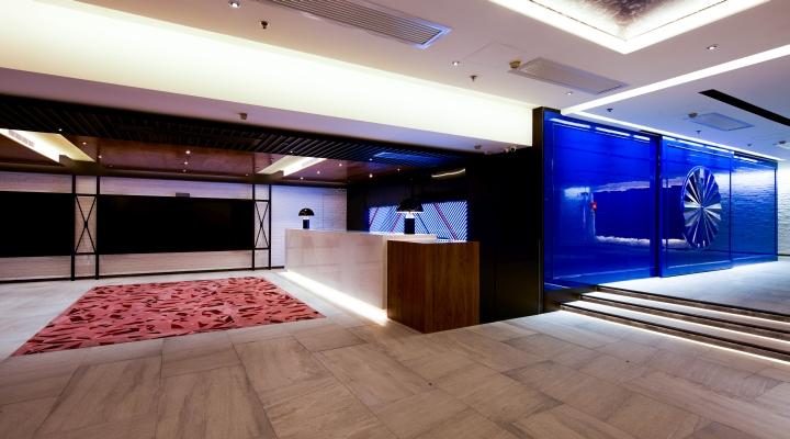 Дизайнерский кинотеатр Golden Harvest Cinema в Гонконге: яркий интерьер
