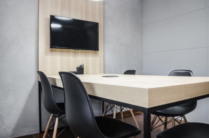 Домашний интерьер в офисе: зона переговоров