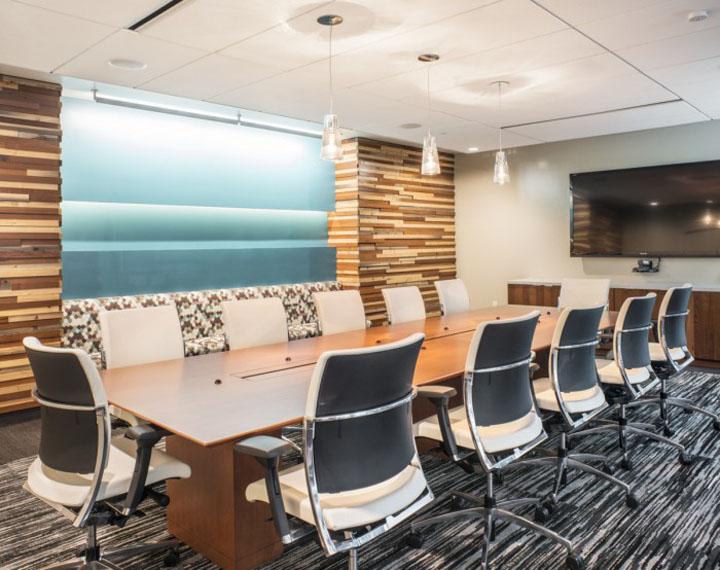 Конференц-зал DPR–конструкторского бюро в Калифорнии