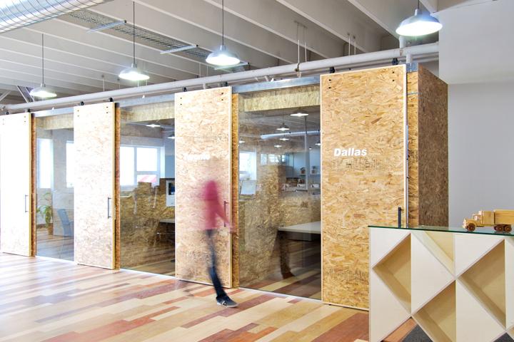 Экологичный интерьер офиса в Монреале