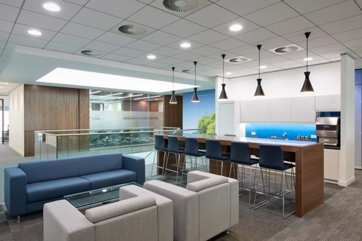Кухня штаб–квартиры Enterprise Rent-A-Car