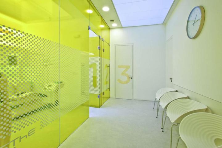 Приёмная стоматологической лаборатории ESTHÉ DENT в Чехии