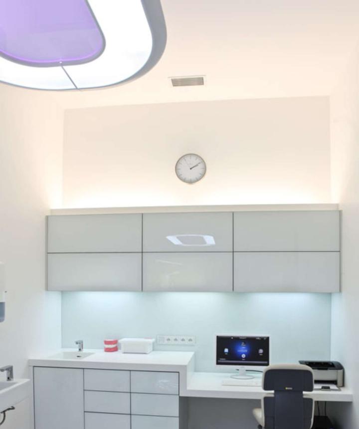 Оформление стоматологической лаборатории ESTHÉ DENT