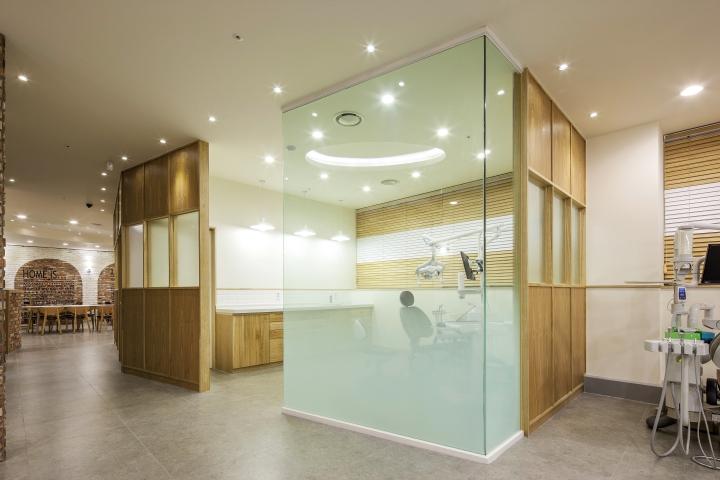 Интерьер семейной стоматологической клиники в Корее