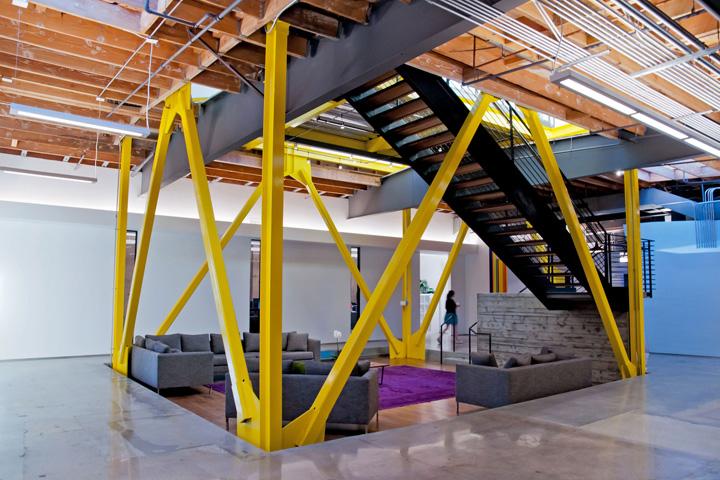 Интерьер офиса в стиле минимализм компании Framestore