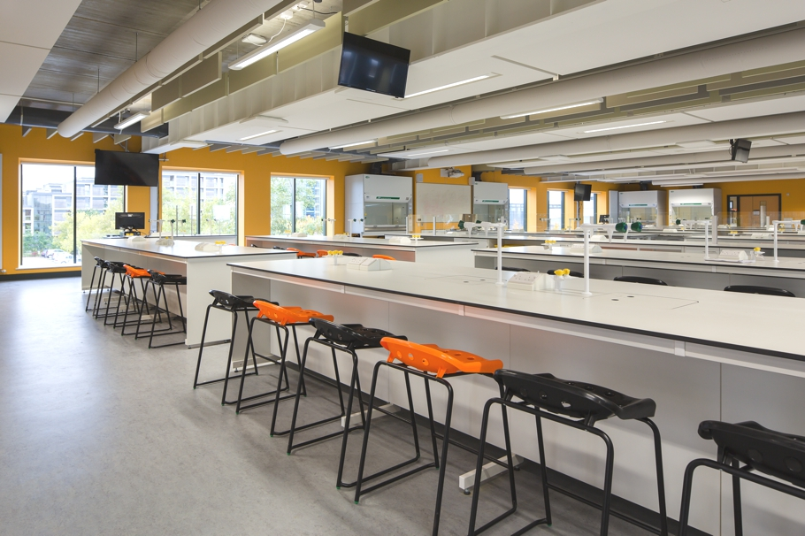 Лекционный зал учебного биомедицинского центра