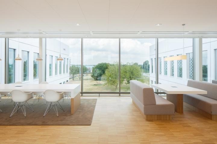 Инновационный центр FrieslandCampina в Вагенингене, Нидерланды