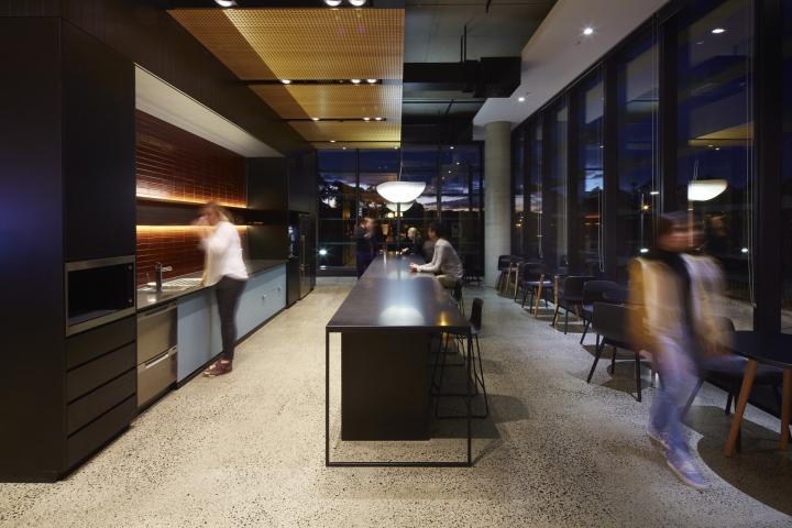 Кухня для сотрудников компании Fujitsu