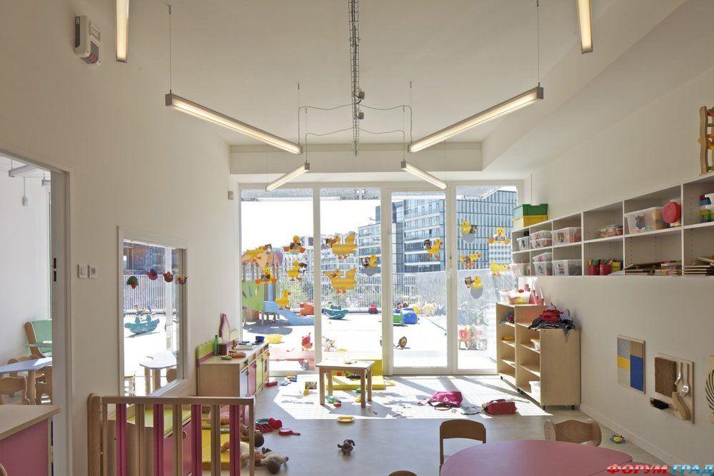 Центр по уходу за детьми в Париже