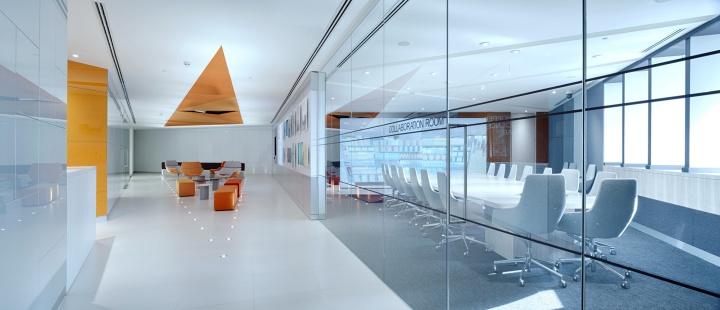 Высокотехнологичная лаборатория фармакологического гиганта GlaxoSmithKline