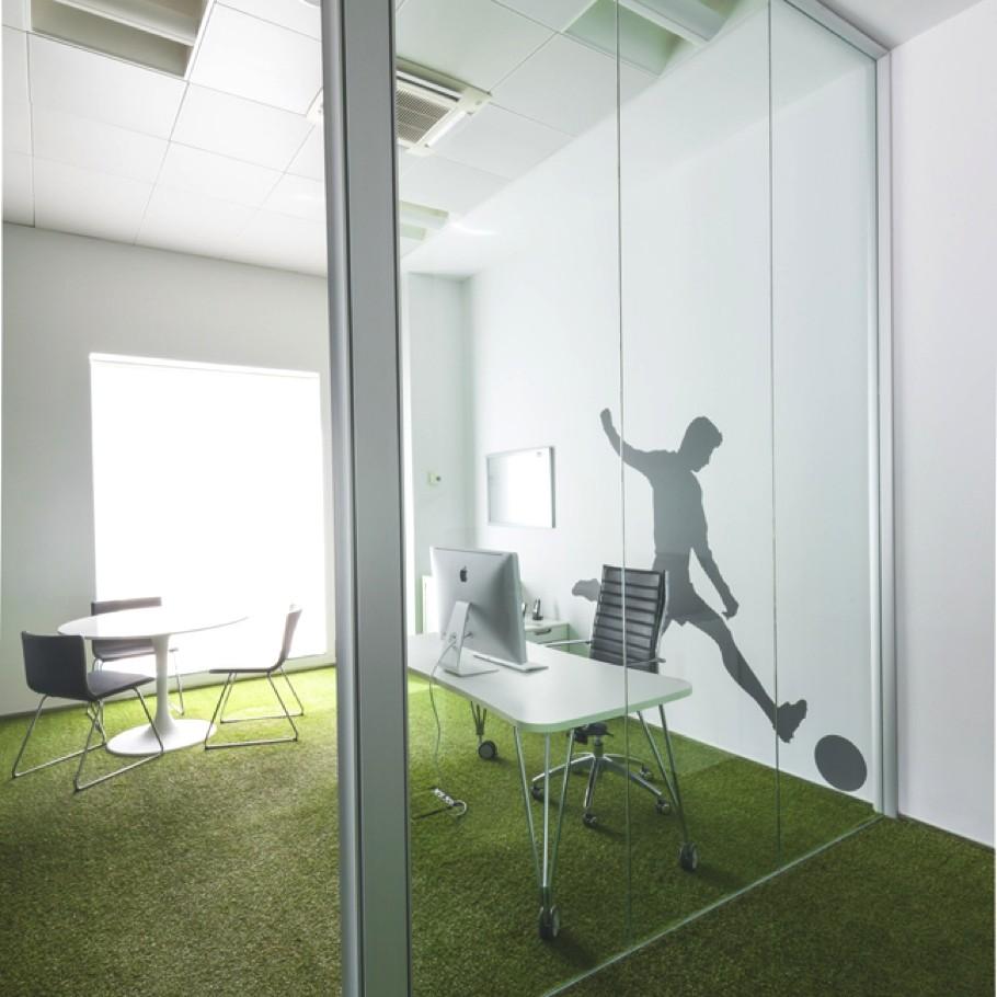Кабинет с прозрачными стенами
