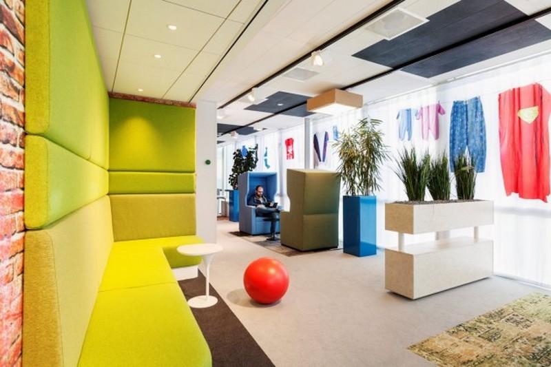 Зона отдыха в офисе Google