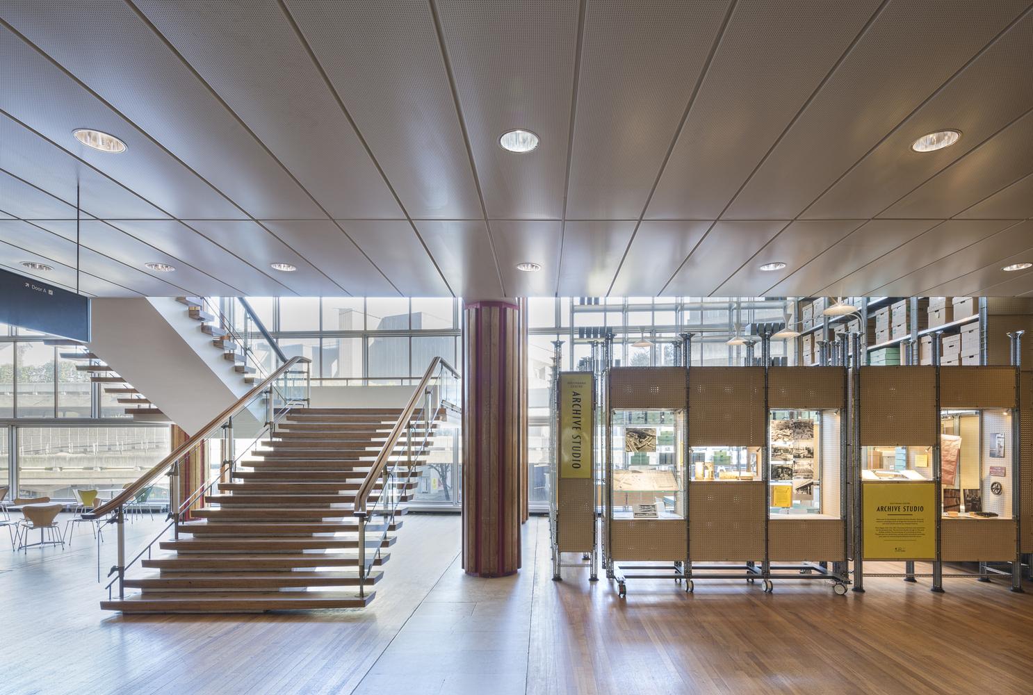 Идея интерьера архивного помещения от Jonathan Tuckey фото 10