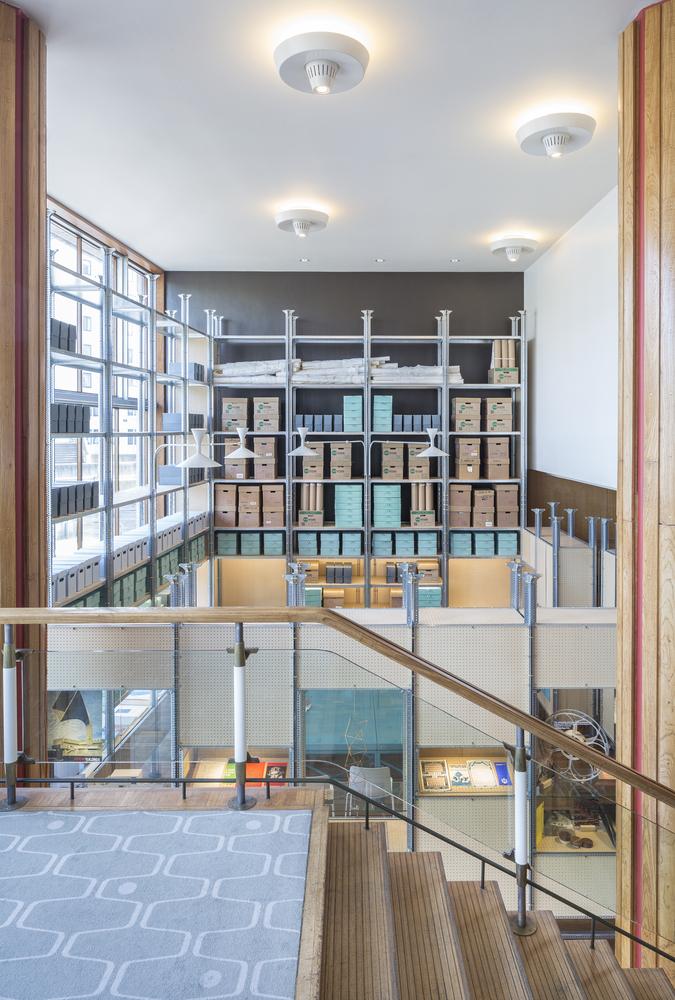 Идея интерьера архивного помещения от Jonathan Tuckey фото 8