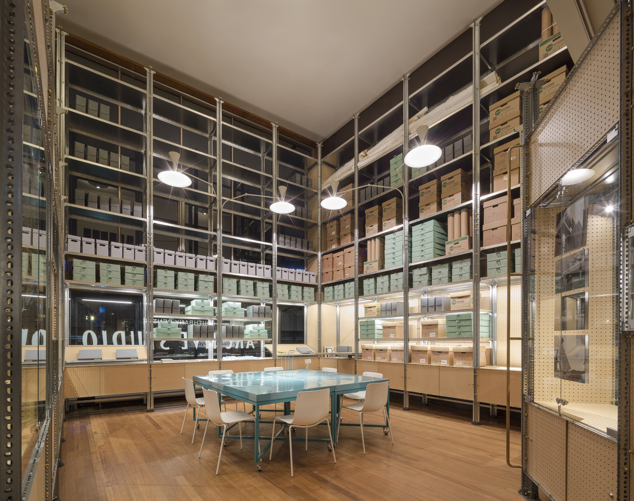 Идея интерьера архивного помещения от Jonathan Tuckey фото 6