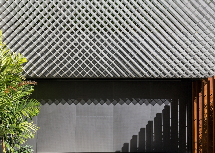 Необычный фасад здания офиса Aníbal Building