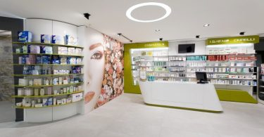 Интерьер аптеки VERGHERA от Arketipo Design