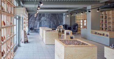 Интерьер галереи камней в Чехии