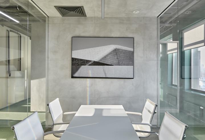 Современный интерьер офиса от студии VOX Architects