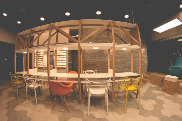 Интерьер маникюрного салона: оригинальные решения для мебели