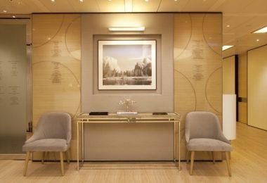 Интерьер медицинского центра Q9 в Гонконге по проекту Clifton Leung