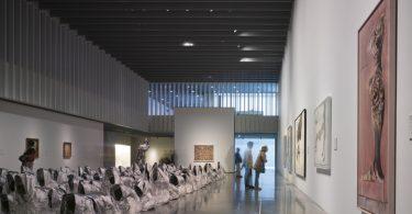 Интерьер музея Центр Помпиду в Малаге: фотообзор