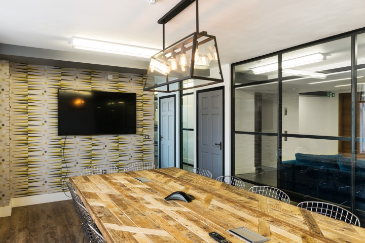 Интерьер офисных помещений: конференц-зал
