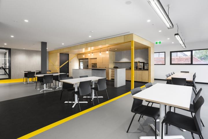 Интерьер офисных помещений от Hot Black Interiors, Австралия: три основных тона