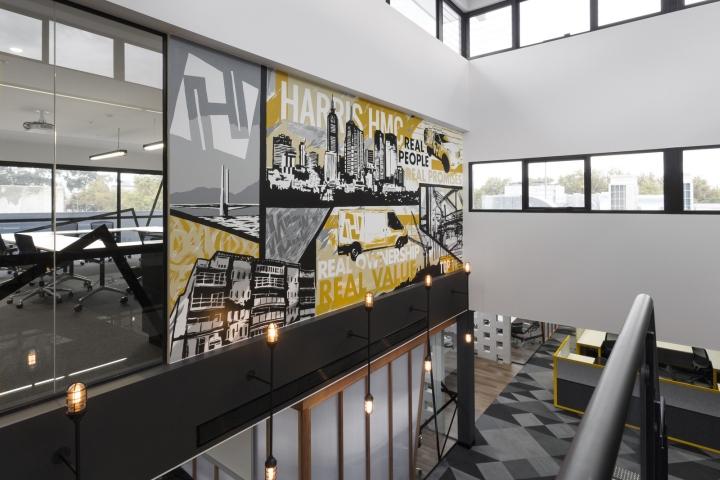 Интерьер офисных помещений от Hot Black Interiors, Австралия: настенные дизайнерские работы