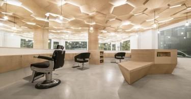 Природные мотивы в интерьере парикмахерской Les Dada East