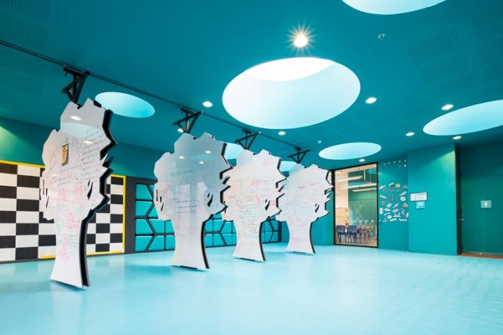 Интерьер школы: дизайн от «Arquitectura e Interiores»