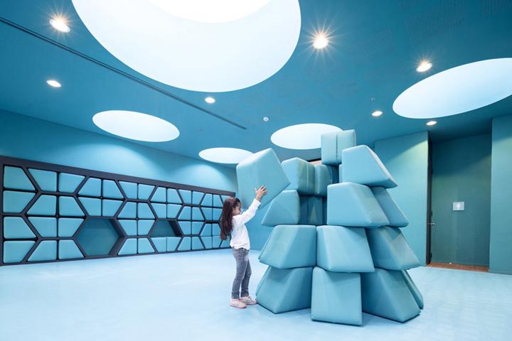 Интерьер школы от «Arquitectura e Interiores»