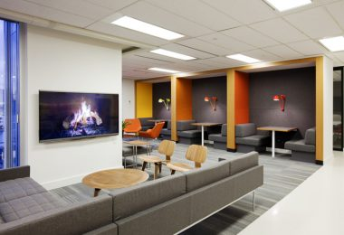 Интерьер современного офиса Mogo Financial
