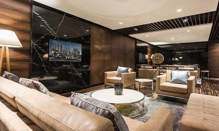 Мягкая мебель в интерьере современного офиса